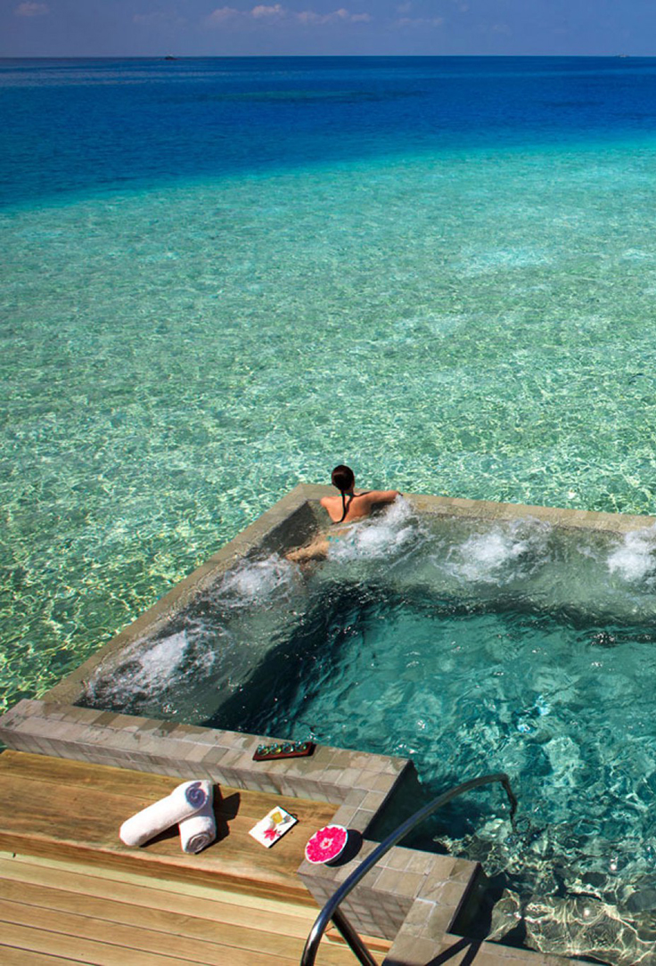 Escapada al hotel velassaru en las maldivas for El mejor hotel de islas maldivas